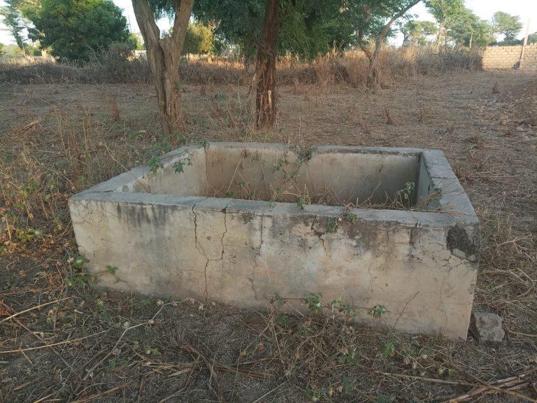 reservoir eau cour ecole